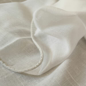 linen-look-sheer-with-weighted-hem-made-to-measure-by-Design-JR-in chafford-hundred